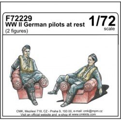 Wwii German Pilots At Rest Kit 1/72 scale