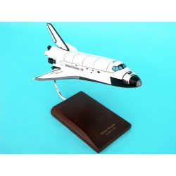 Space Shuttle (Discovery)  1/144  Factory Prebuilt Desktop model