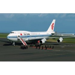 Boeing 747-400P (Air China) Cutaway model 1/144 Scale Kit
