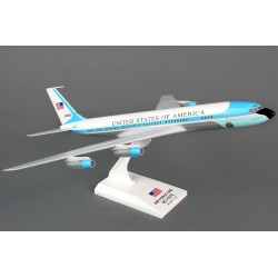 VC-137 (707) (Air Force One) 26000 1/150 Scale Clickmodel