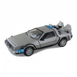 DELOREAN TIME MACHINE WITH MR.FUSION 1/18 Scale Kit