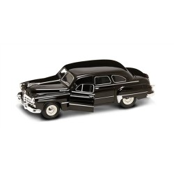 GAZ-12 ZIM Black 1/24 Scale Kit