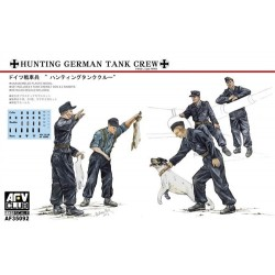 German Hunting Crew 5 Figures w/ Dog & Rabbits 1/35 Scale
