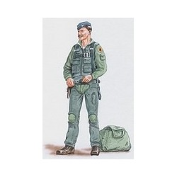 Pilot F105 Kit 1/48 Scale .Needs Assembly & Painting.