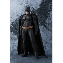 BATMAN THE DARK KNIGHT SH FIGUARTS