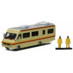 1/64 Scale Diecast FLEETWOOD BOUNDER RV BREAKING BAD AND 2 FIGURES