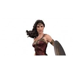 Large scale WONDER WOMAN (32cm) STATUE JUSTICE LEAGUE MOVIE