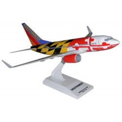 B737-700 (Southwest Airlines Maryland One ) Skymarks 1/130 Scale Snap-Fit Model