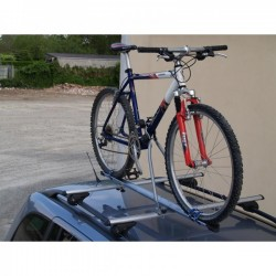 Menabo Roof Bicycle Carriers Huggy For One Bike. Not Lockable to Bar.