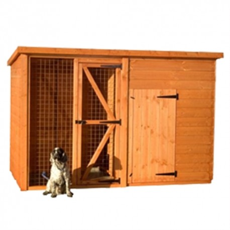 Dog Kennel And Run 8X4. Run is 4x4 House is 4x4
